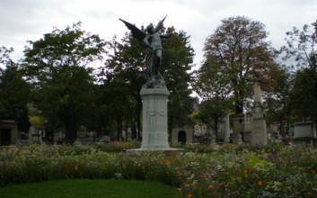 Cimetiegrave;re-du-Montparnasse5.jpg