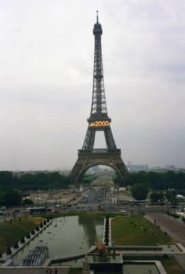 La-tour-Eiffel2000.jpg