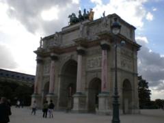 Museacute;e-du-Louvre2.jpg