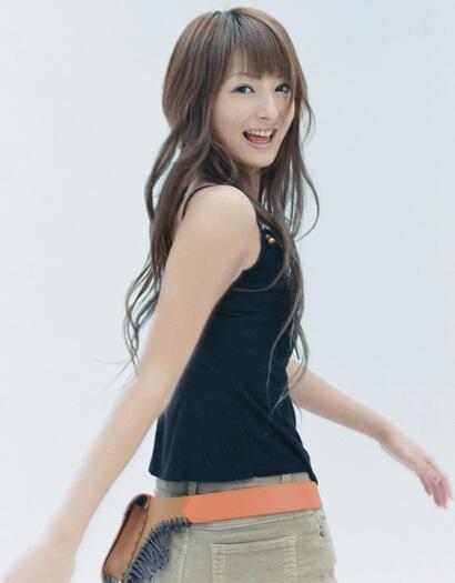 雑誌『PINKY』で専属モデルをつとめていた佐々木希さん