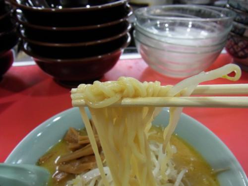 110514-104麺上げ(縮小)