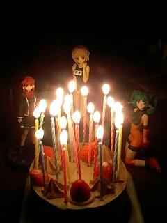 ホールケーキと美女