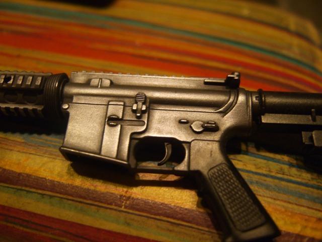 2007_0821gunsrepaint20012.jpg
