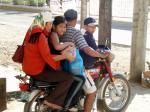 バイクの4人乗り