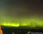 オーロラが美しい夜空を撮影しました