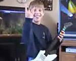 若干8歳のマスター・オブ・ギター・ヒーロー