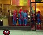 スパイダーマンの行列が出来るお店