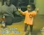 子供のかわいいダンス