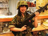 メイド喫茶の「防衛省&自衛隊公認イベント」レポ