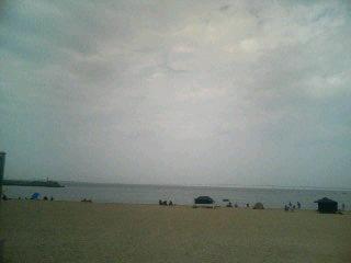 ナナメ気味な海