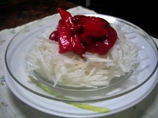 揚げピーマンと大根のサラダ