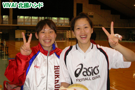 No.9 CP 横嶋かおる選手(左) No.3 CP 山住陽子選手(右)