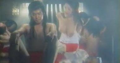 高岡早紀 映画「忠臣蔵外伝 四谷怪談」で巨乳丸出しの濡れ場