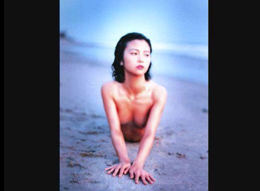 【相楽晴子】ヌード写真スライドショー