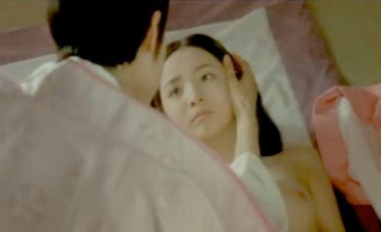 【斉藤麻衣】セミヌードシーン