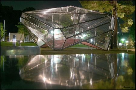 21世紀美術館屋外ジャングルジム
