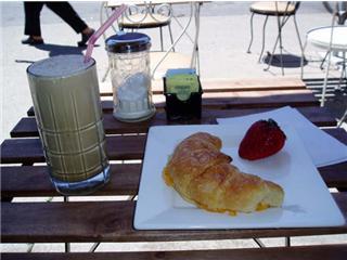 cafe163.2.jpg