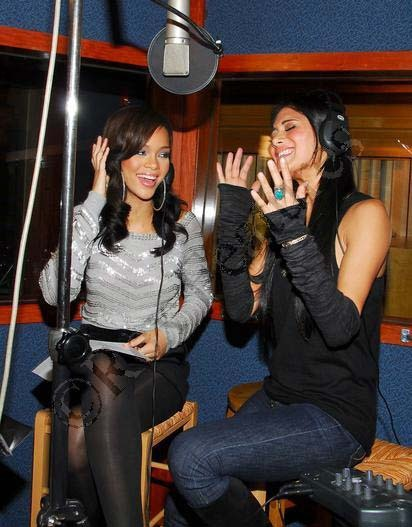 Rihanna & Nicole Scherzinger