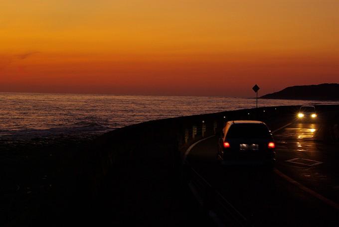 夕暮れの岬