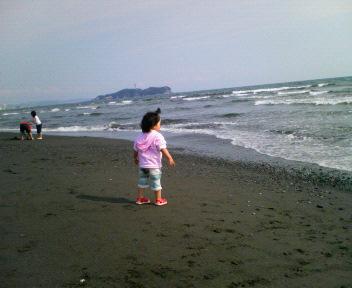 江ノ島をバックに!!