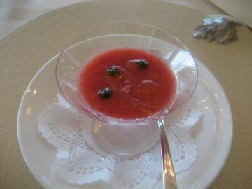 イチゴとトマトのゼリー
