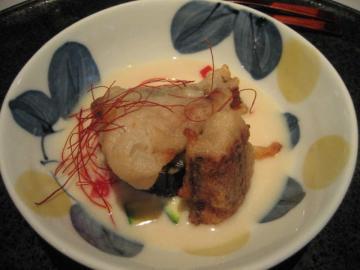 鰻の薯 揚げ 豆乳ソース