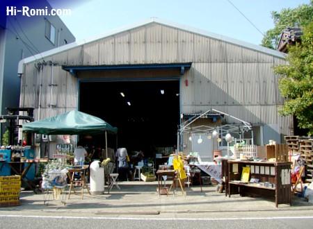 GLITTER倉庫。アメリカンアンティーク、ヴィンテージの宝の山です。