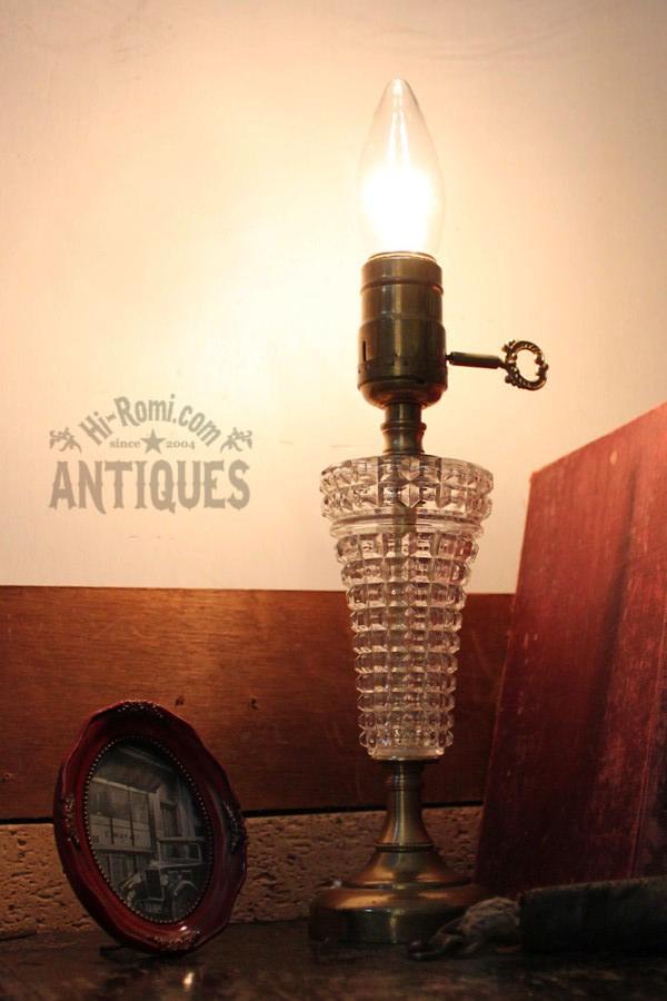 鍵付真鍮×カットガラステーブルランプ/アンティーク卓上ライト