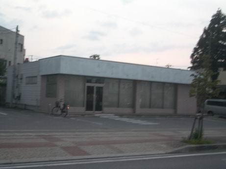 米沢駅前の元コンビニ