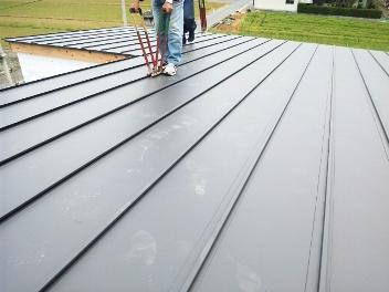 屋根板金瓦棒葺き