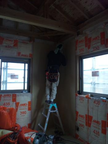 壁のボード施工もスタート!