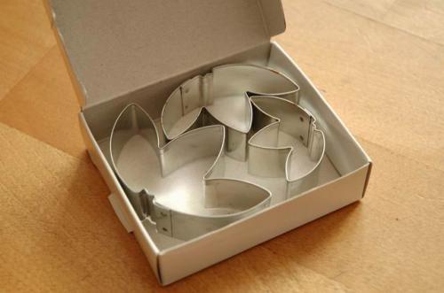 adidas-trefoil-cookie-cutters-2.jpg