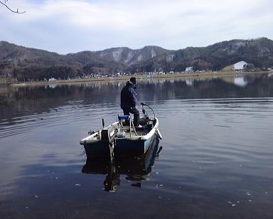近所の湖を釣る(2000年冬)