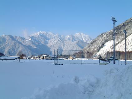 家の前より(2001年 冬)