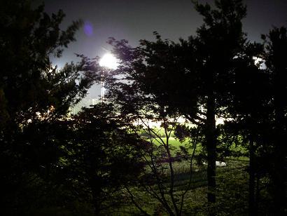 夜のグラウンド