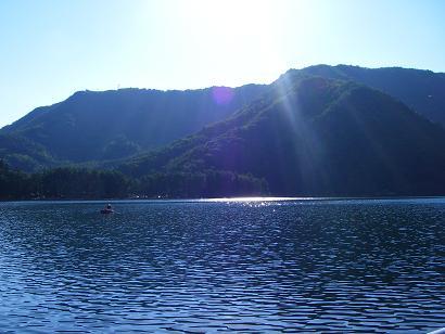 近所の湖 その1