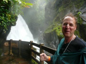 ラパズの滝