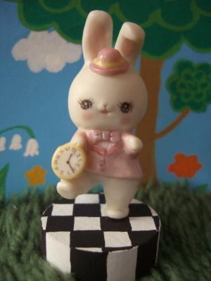 ピンクウサギ1