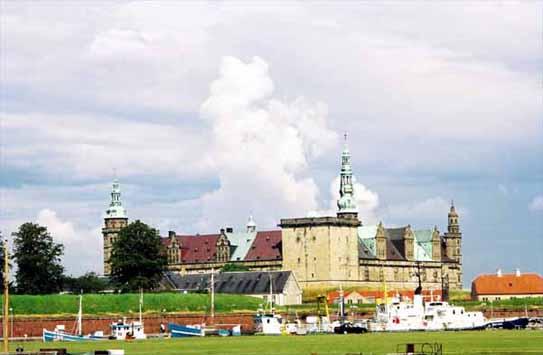クロンボー城