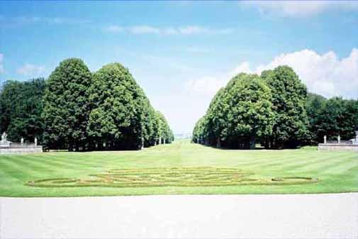 フレーデンスボー城庭