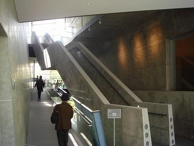 坂の上のミュージアム 館内