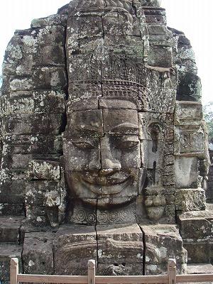アンコール・トム バイヨン寺院 クメールの微笑み
