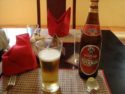 最終日 昼食 Angkor BEER