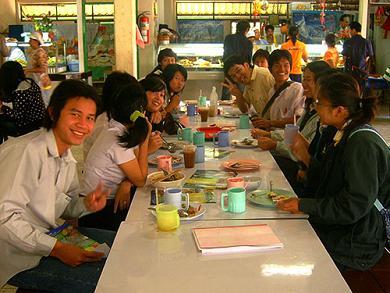 students02.jpg