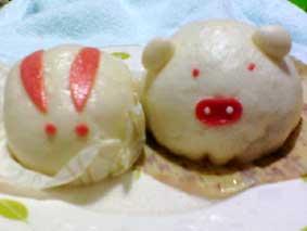 桜餅(あん)まん と こぶた(にく)まん