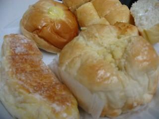 朝のパン-2