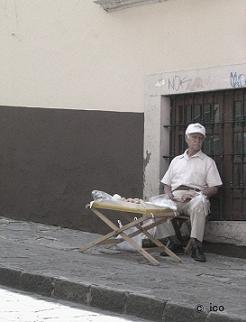 お爺さんとドーナツ