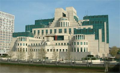 画像はロンドン、ヴォクソールのSIS(大英帝国情報局秘密情報部)本部ビル