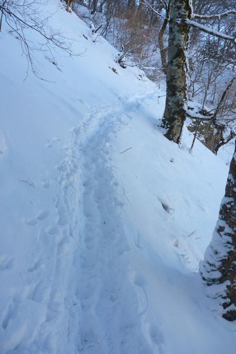 急斜面のトラバース