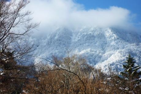 白い石鎚山
